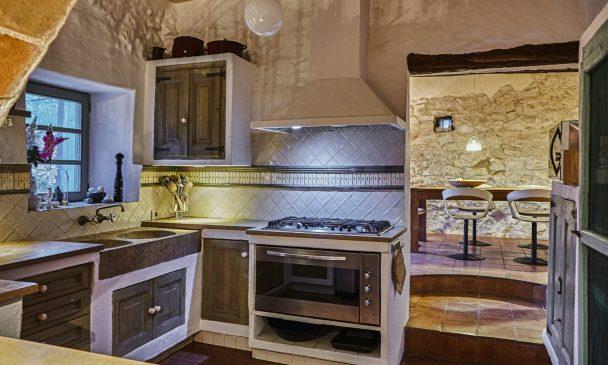 Manor-House-2020-manor-house-Masia-Nur14021-scaled